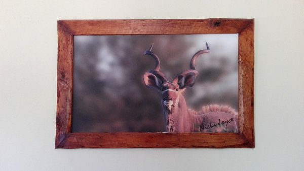African Rustic Pallet Wood Frames, Canvas wildlife photography, Creator Creations Custom Furniture White River / Nelspruit, Mpumalanga