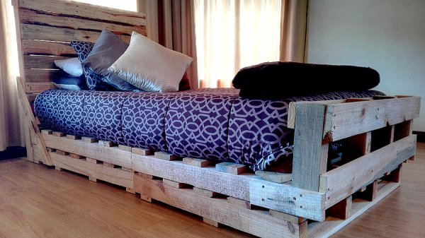Single Pallet Sleigh Bed - Creator Creations, Nelspruit & White RIver