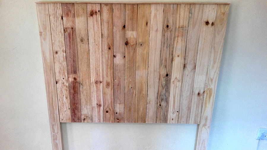 Raw Pallet Headboard | Vertical