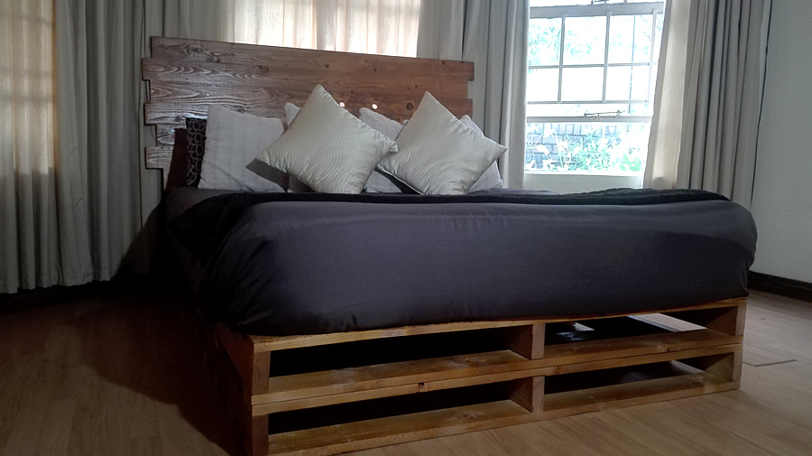 Pallet Double Bed Base Jagged Headboard