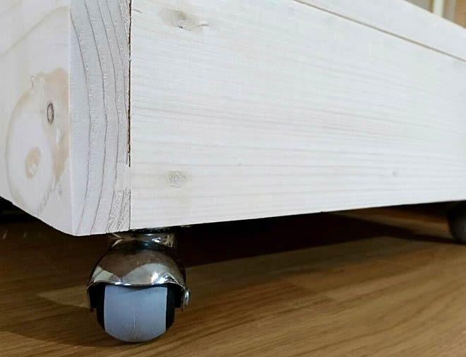 raw pallet bedside tables shelf + wheels 3