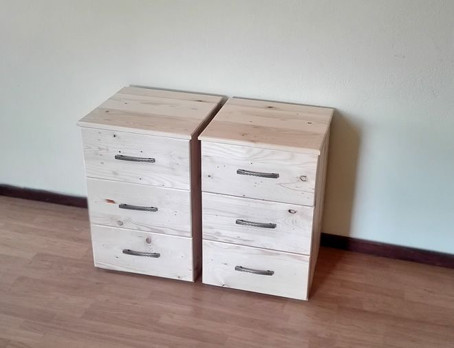 Raw Bedside Table 3 drawers 1