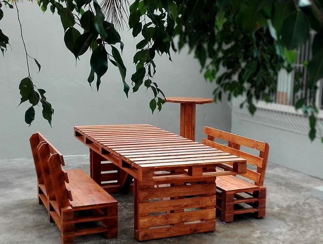 pallet styled dining set 1