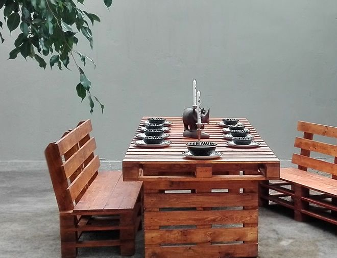 pallet styled dining set 4