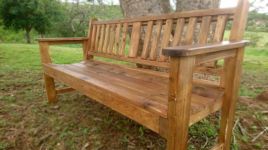 Vintage Garden Bench | Pallet