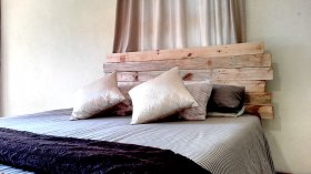Jagged Pallet Plank Headboard - Creator Creations NElspruit/White River, Mpumalanga