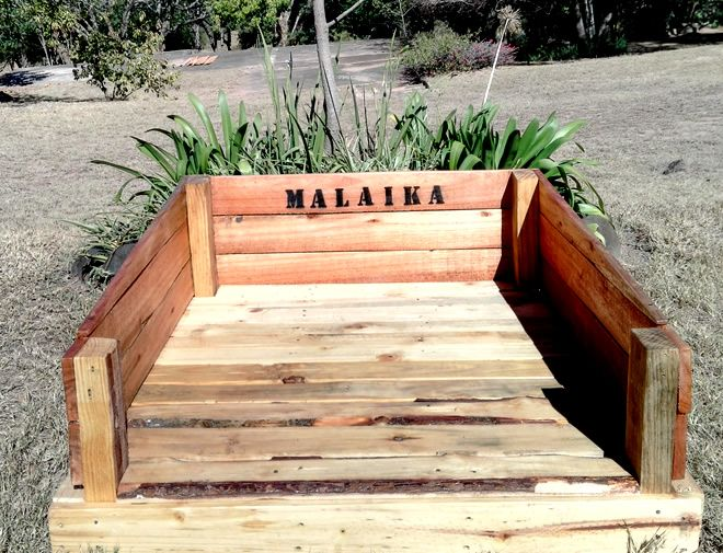 Pallet Dog Bed with Dog's Name - Creator Creations White River / Nelspruit, Mpumalanga, Lowveld