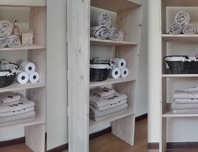 Raw Pallet Bathroom storage 3