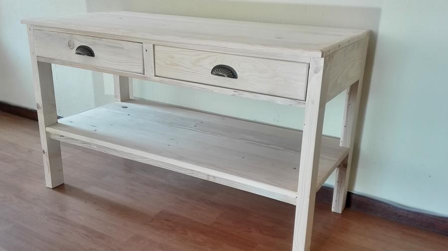 Raw Side Display Table