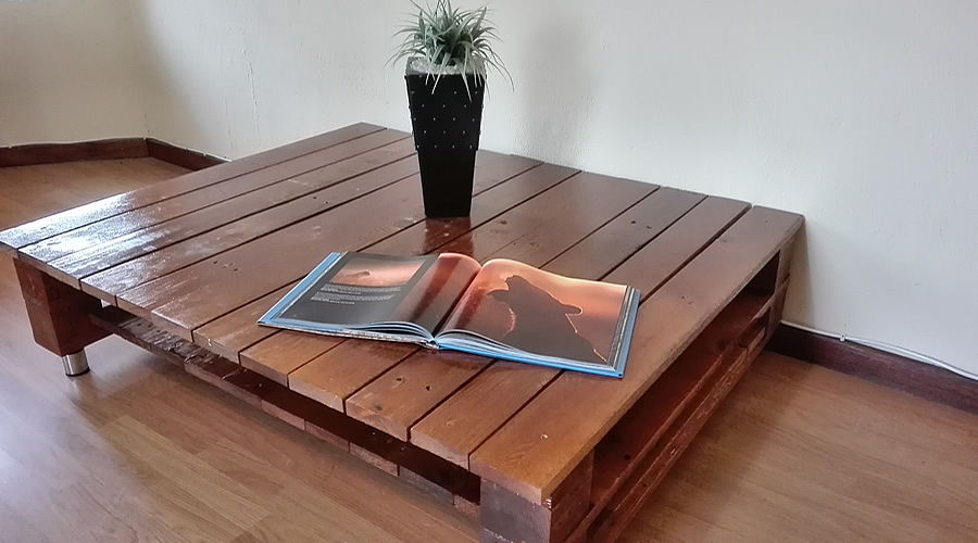 Sleek Dark Oak Pallet Coffee Table