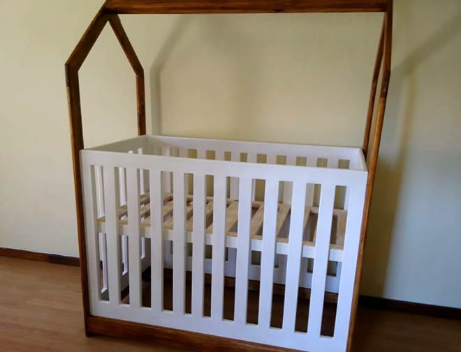 House framed Baby cot 3