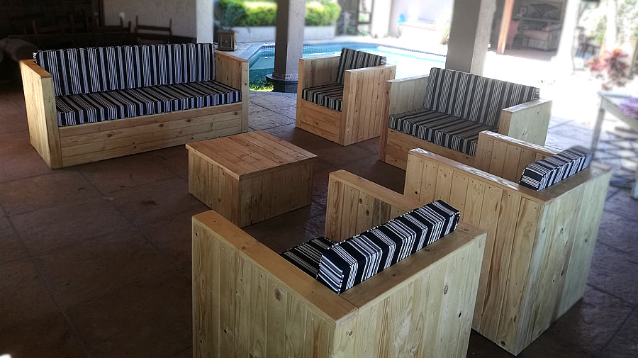 Urban Pallet Patio Set | 8 Seater