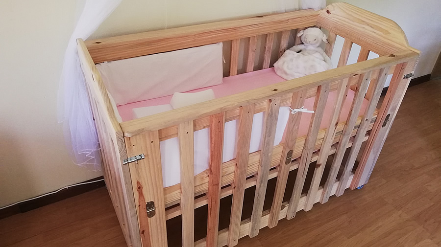 Ava Co-Sleeper Baby Cot